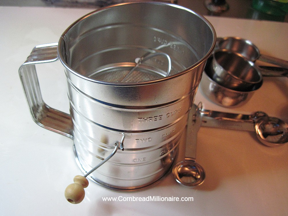 Kitchen Supplies Sifter